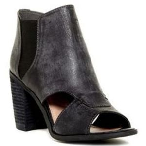 Rebels Adora Cut-Out Bootie in Charcoal Gray